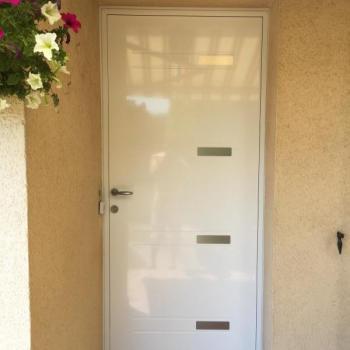 Entreprise spécialisée dans la pose et l'installation de porte d'entrée Beaune